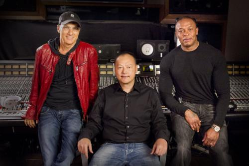 HTC Peter Chou Dre Jimmy Iovine HTC Teaming Up with Dr. Dre, Beats Audio in Phones Coming